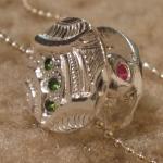 Silver, peridot andgarnet